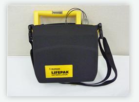 AED 自動式体外除細動器